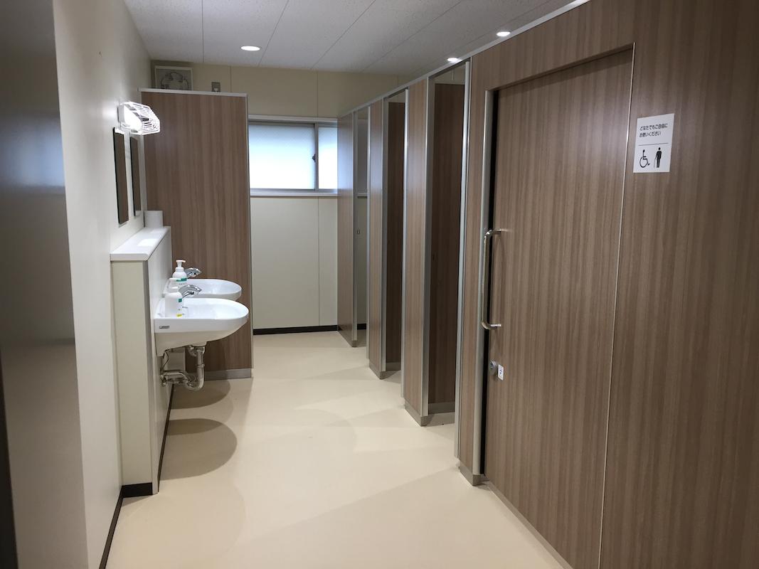 北小学校体育館トイレ改修工事
